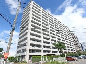 平成14年7月築の14階建てです!