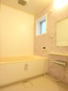 綺麗な浴室は疲れも取れますね~